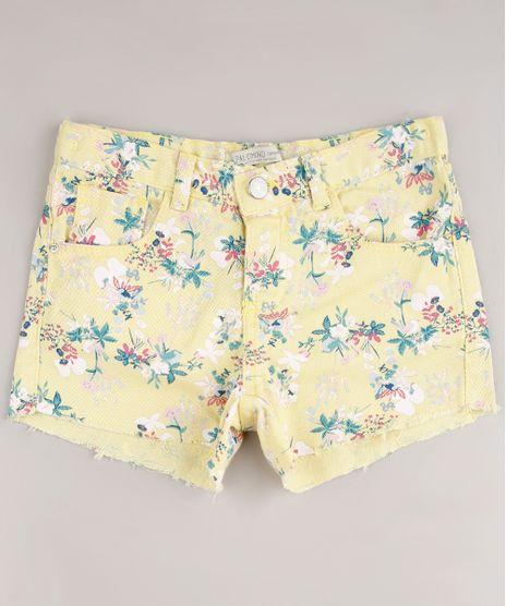 Short-de-Sarja-Infantil-Estampado-Floral-com-Barra-Desfiada-Amarela-9672531-Amarelo_1