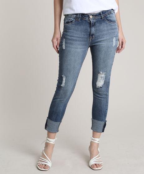 Calca-Jeans-Feminina-Cropped-com-Barra-Dobrada-e-Puidos-Azul-Medio-9766245-Azul_Medio_1
