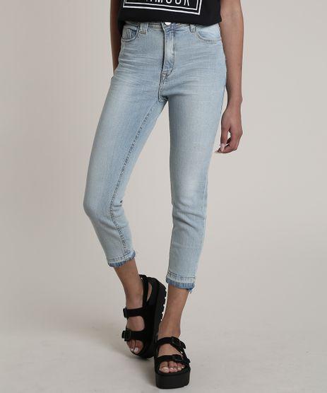 Calca-Jeans-Feminina-Cropped-Cintura-Alta-com-Barra-Desfeita-Azul-Claro-9701273-Azul_Claro_1