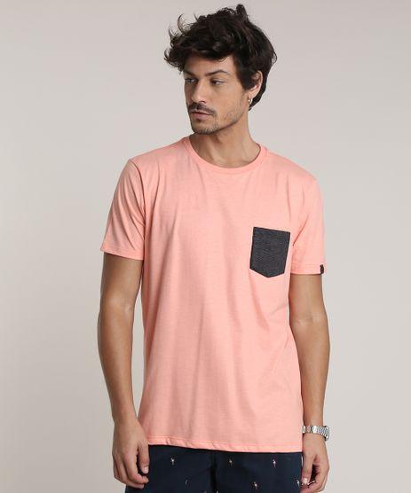Camiseta-Masculina-com-Bolso-Estampado-Manga-Curta-Gola-Careca-Coral-9737043-Coral_1