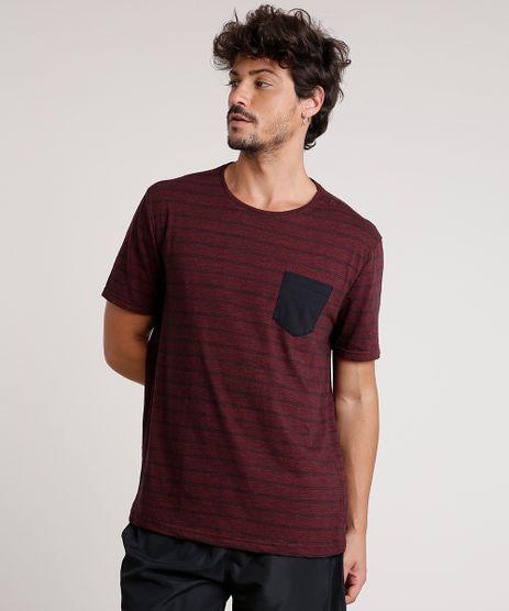 Camiseta-Masculina-Basica-Listrada-com-Bolso-Manga-Curta-Gola-Careca-Vinho-9555301-Vinho_1