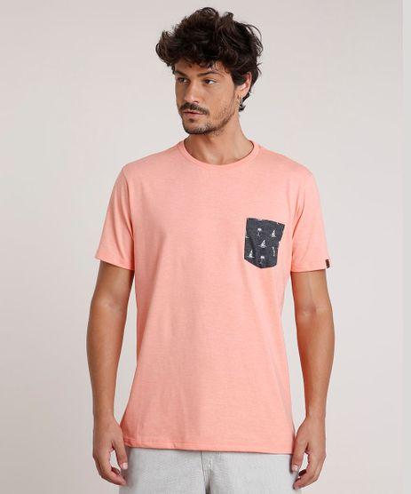 Camiseta-Masculina-com-Bolso-Estampado-de-Barcos-Manga-Curta-Gola-Careca-Coral-9737040-Coral_1