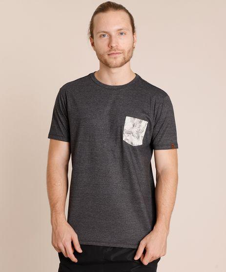 Camiseta-Masculina-com-Bolso-Estampado-de-Folhagem-Manga-Curta-Gola-Careca-Cinza-Mescla-Escuro-9846752-Cinza_Mescla_Escuro_1