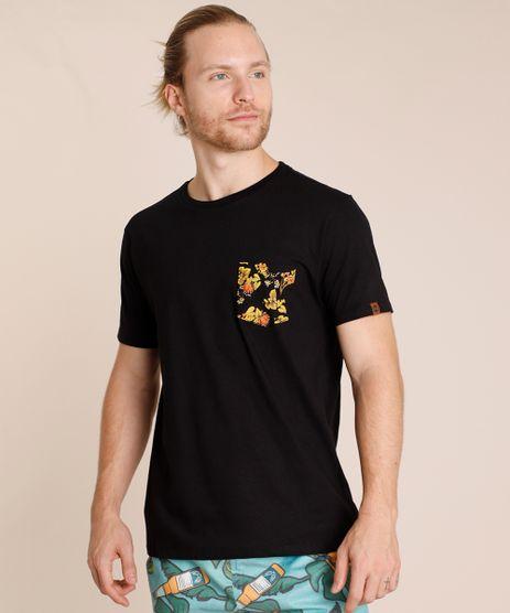 Camiseta-Masculina-com-Bolso-Estampado-Floral-Manga-Curta-Gola-Careca-Preta-9846750-Preto_1