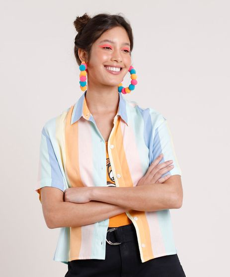 Camisa-Feminina-Carnaval-Cropped-Listrada-Arco-Iris-com-Fenda-Manga-Curta-Multicor-9882322-Multicor_1