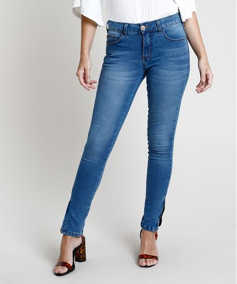 Calca-Jeans-Feminina-Super-Skinny-Cintura-Media-com-Ziper-na-Barra-Azul-Claro-7936103-Azul_Claro_1