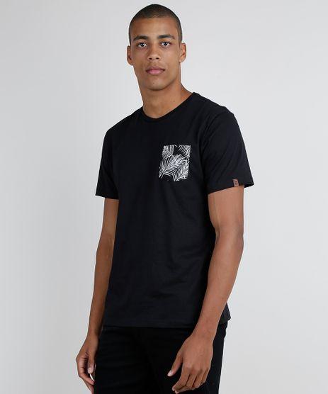Camiseta-Masculina-com-Bolso-Estampado-de-Folhagens-Manga-Curta-Gola-Careca-Preta-9873876-Preto_1