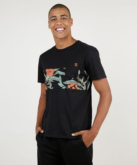 Camiseta-Masculina-com-Recorte-Floral-e-Bolso-Manga-Curta-Gola-Careca-Preta-9895905-Preto_1