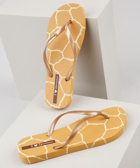 Chinelo-Feminino-Ipanema-I-Love-Safari-Estampado-Animal-Print-Girafa-Mostarda-9925060-Mostarda_1