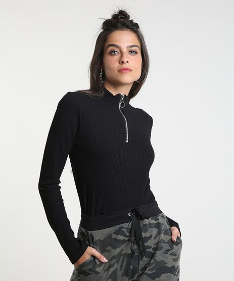 Blusa-Feminina-Canelada-com-Ziper-de-Argola-Manga-Longa-Gola-Alta-Preta-9461071-Preto_1