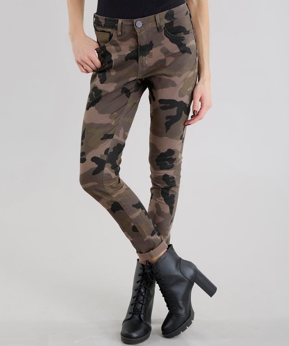 Calça Skinny Estampada Camuflada em Algodão + Sustentável Verde ... 927ac2b9360