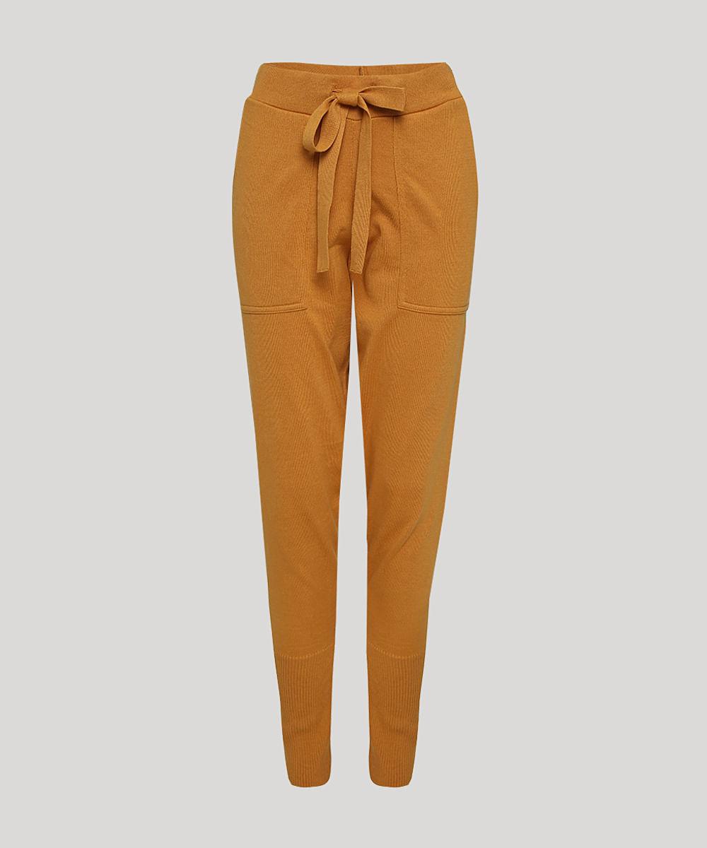 Calça de Tricô Feminina Mindset Carrot Cintura Alta com Bolsos Mostarda
