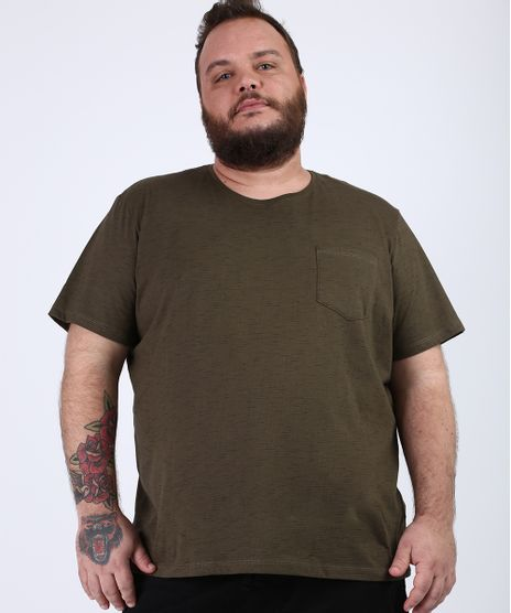 Camiseta-Masculina-Plus-Size-com-Bolso-Manga-Curta-Gola-Careca-Verde-Militar-9956875-Verde_Militar_1