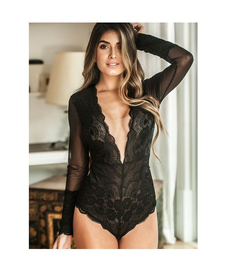 //www.cea.com.br/body-renda-honey-bee-preto-2329734/p?idsku=2795631
