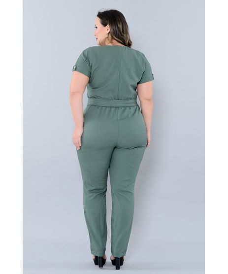 //www.cea.com.br/macacao-plus-size-vickye-2451272/p?idsku=2954445