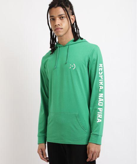Camiseta-Masculina--Respira-Nao-Pira--com-Bolso-e-Capuz-Manga-Longa-Verde-9959849-Verde_1