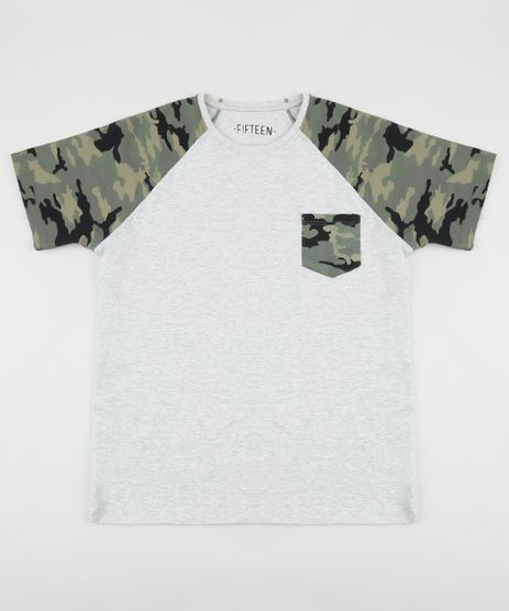 Camiseta-Juvenil-com-Bolso-Estampado-Camuflado-Manga-Curta-Raglan-Cinza-Mescla-Claro-9953084-Cinza_Mescla_Claro_1