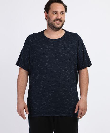 Camiseta-Masculina-Plus-Size-com-Bolso-Manga-Curta-Gola-Careca-Azul-Marinho-9956876-Azul_Marinho_1