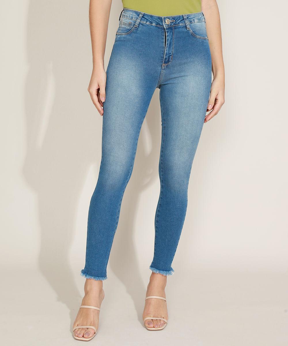 Calça Jeans Feminina Sawary Super Skinny Push Up Cintura Alta com Barra Desfiada Azul Claro
