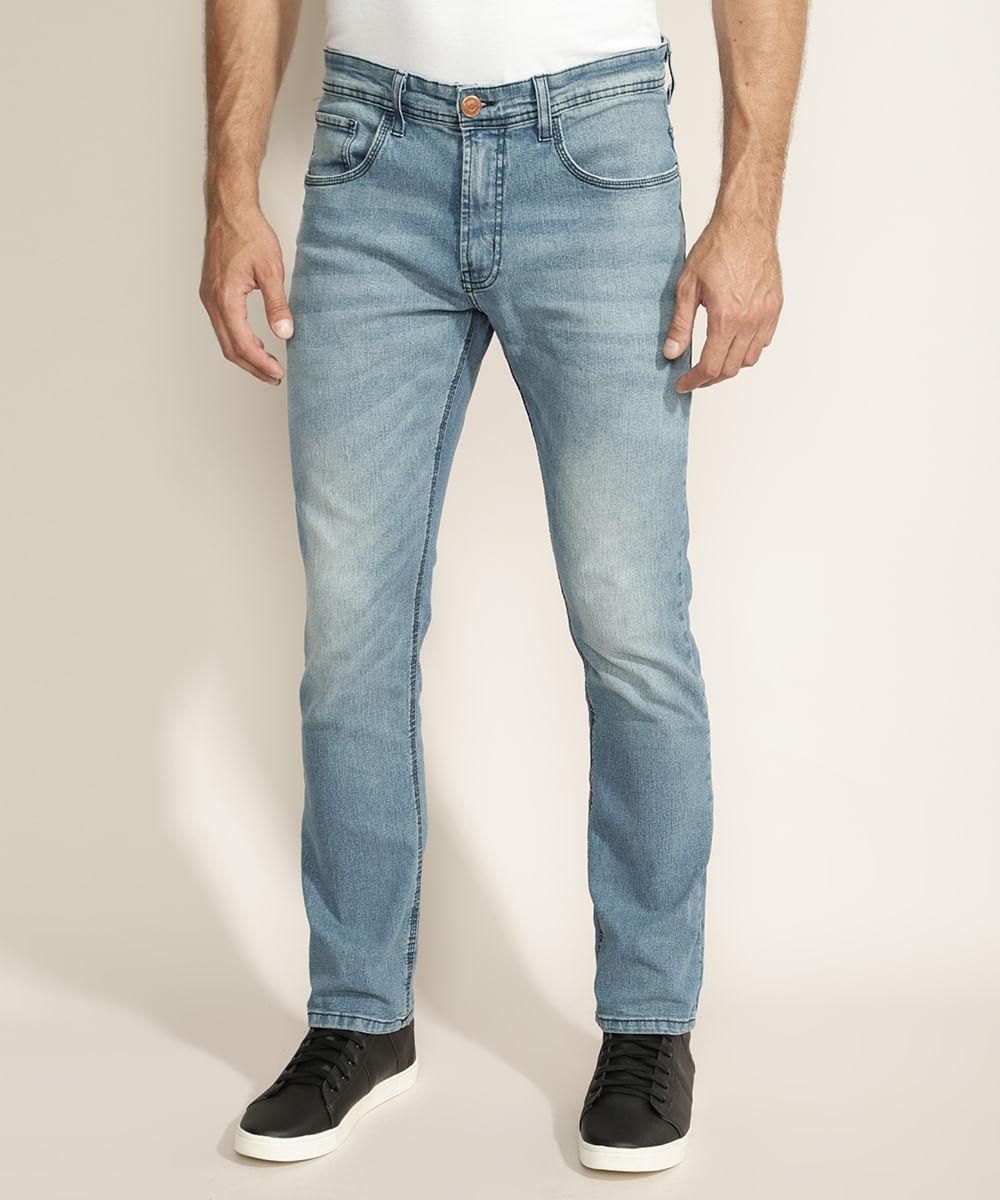 Calça Jeans Masculina Reta com Puídos e Bolsos Azul Claro