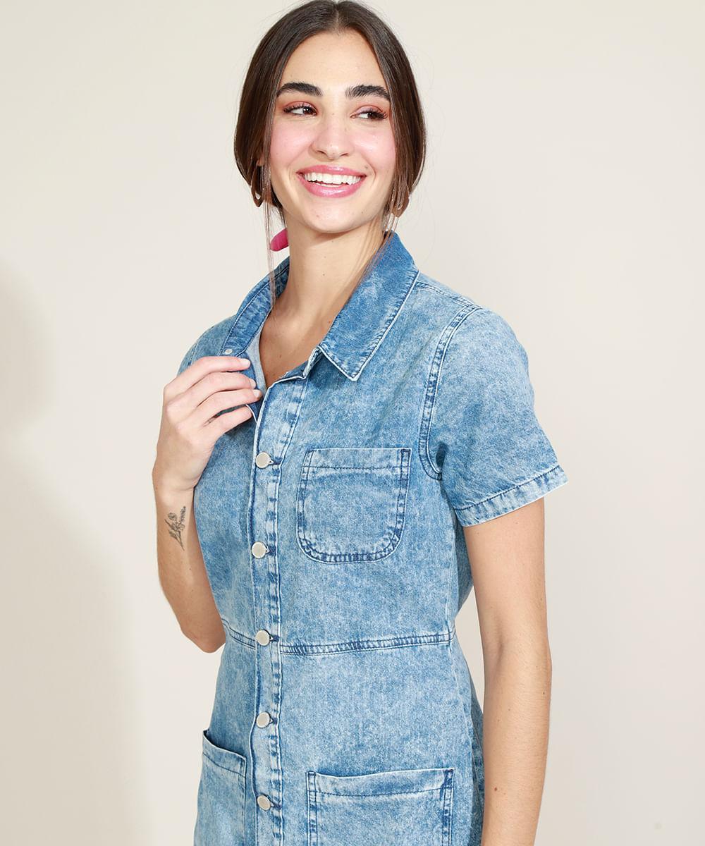 Vestido Jeans Feminino com Botões Manga Curta Gola Esporte Azul Claro