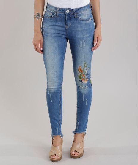 87c055fab Calca-Jeans-Cigarrete-com-Bordado-Azul-Medio-8710263-