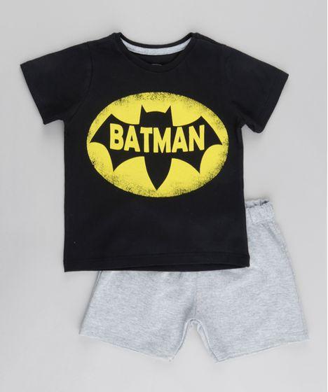 Conjunto de Camiseta Batman Preta + Bermuda em Moletom Cinza Mescla ... 2ecf28e603fb5