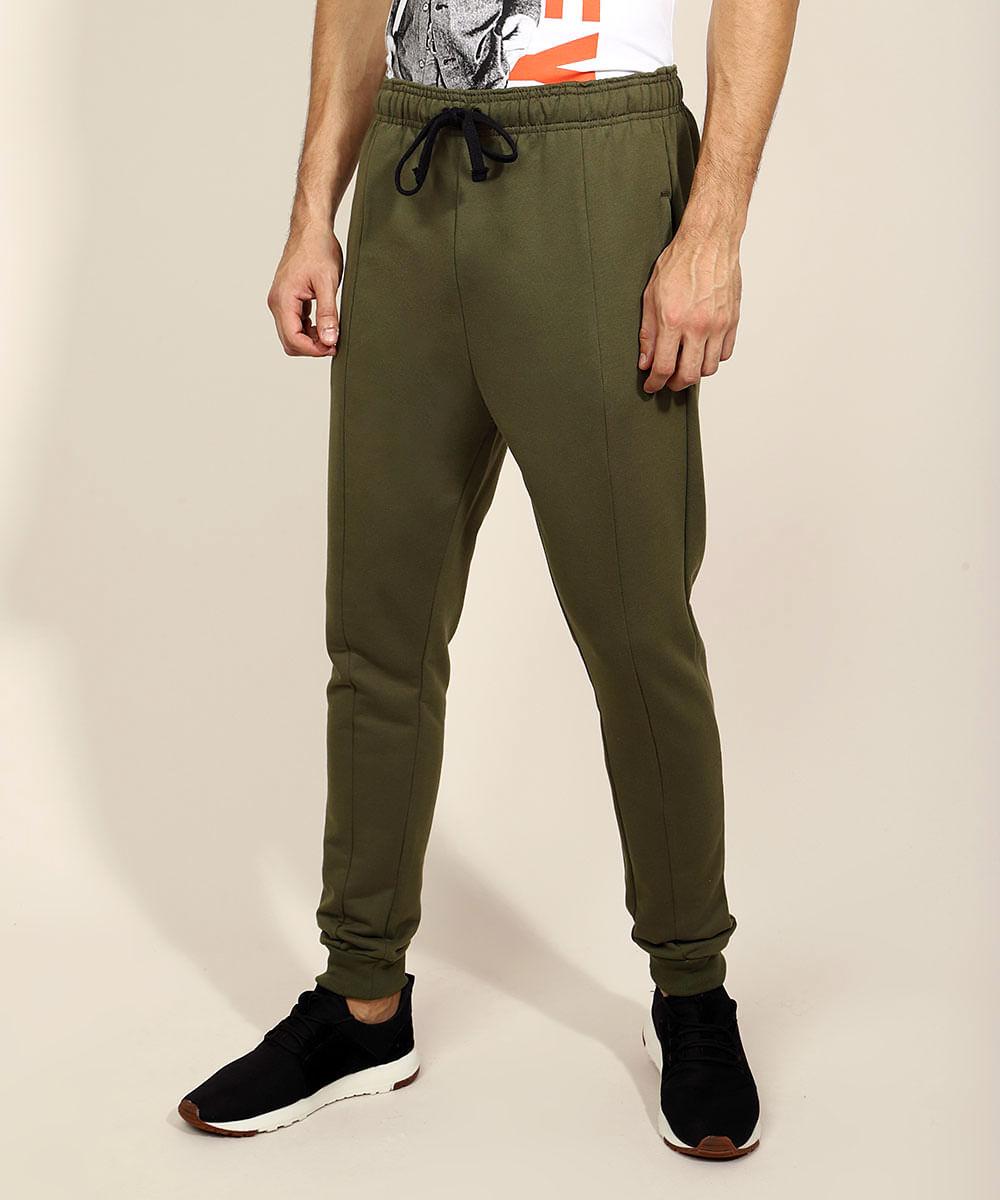 Calça de Moletom Masculina Relaxed Slim com Recortes e Bolsos Verde