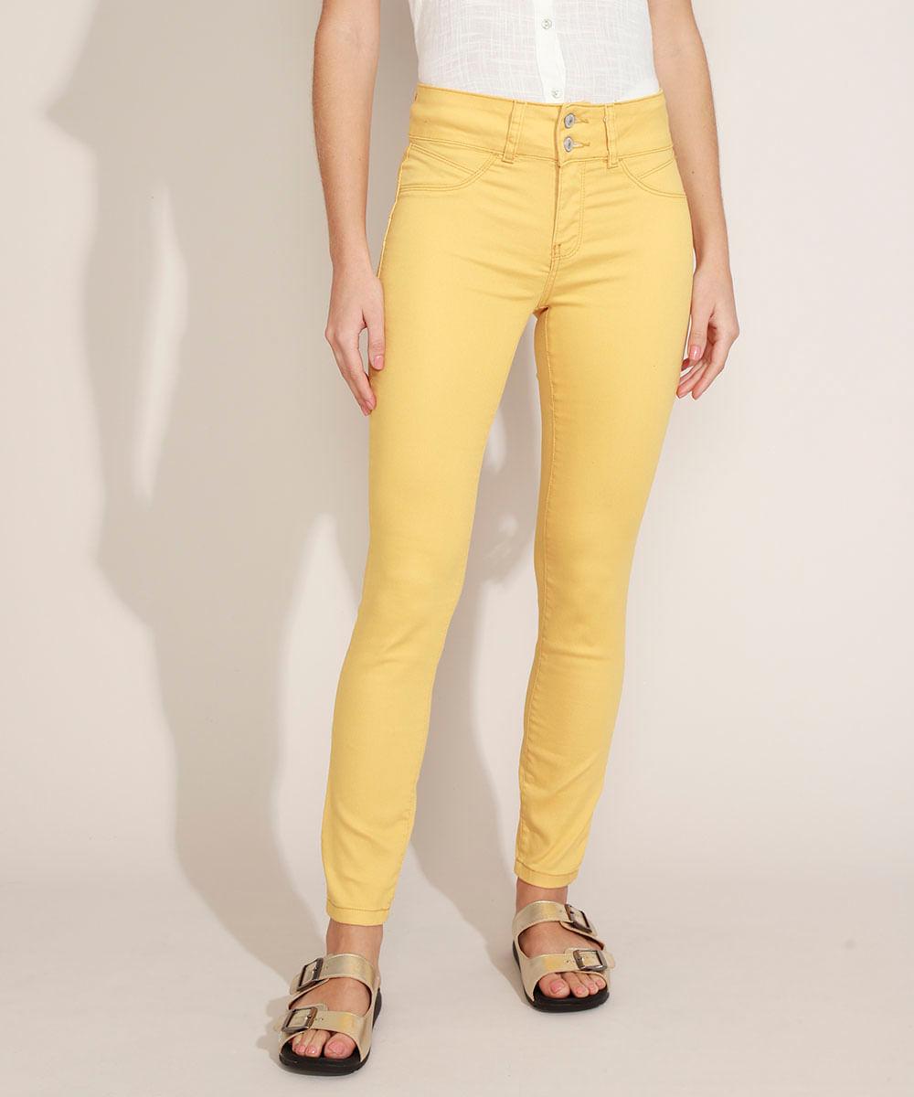 Calça de Sarja Feminina Super Skinny Push Up Cintura Média Amarela