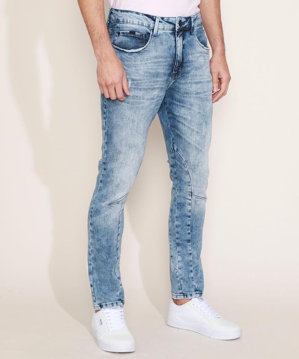 Calça Jeans Masculina Carrot com Recorte Azul Claro