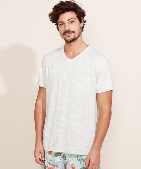 Camiseta-Masculina-Basica-com-Bolso-Manga-Curta-Gola-V-Cinza-Mescla-Claro-9964946-Cinza_Mescla_Claro_1