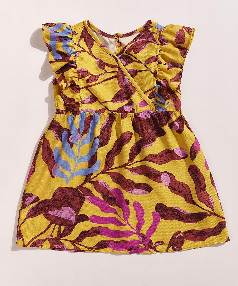 Vestido Infantil EMI Beachwear Amplo Estampado Folhagem Meninas com Babado Mostarda