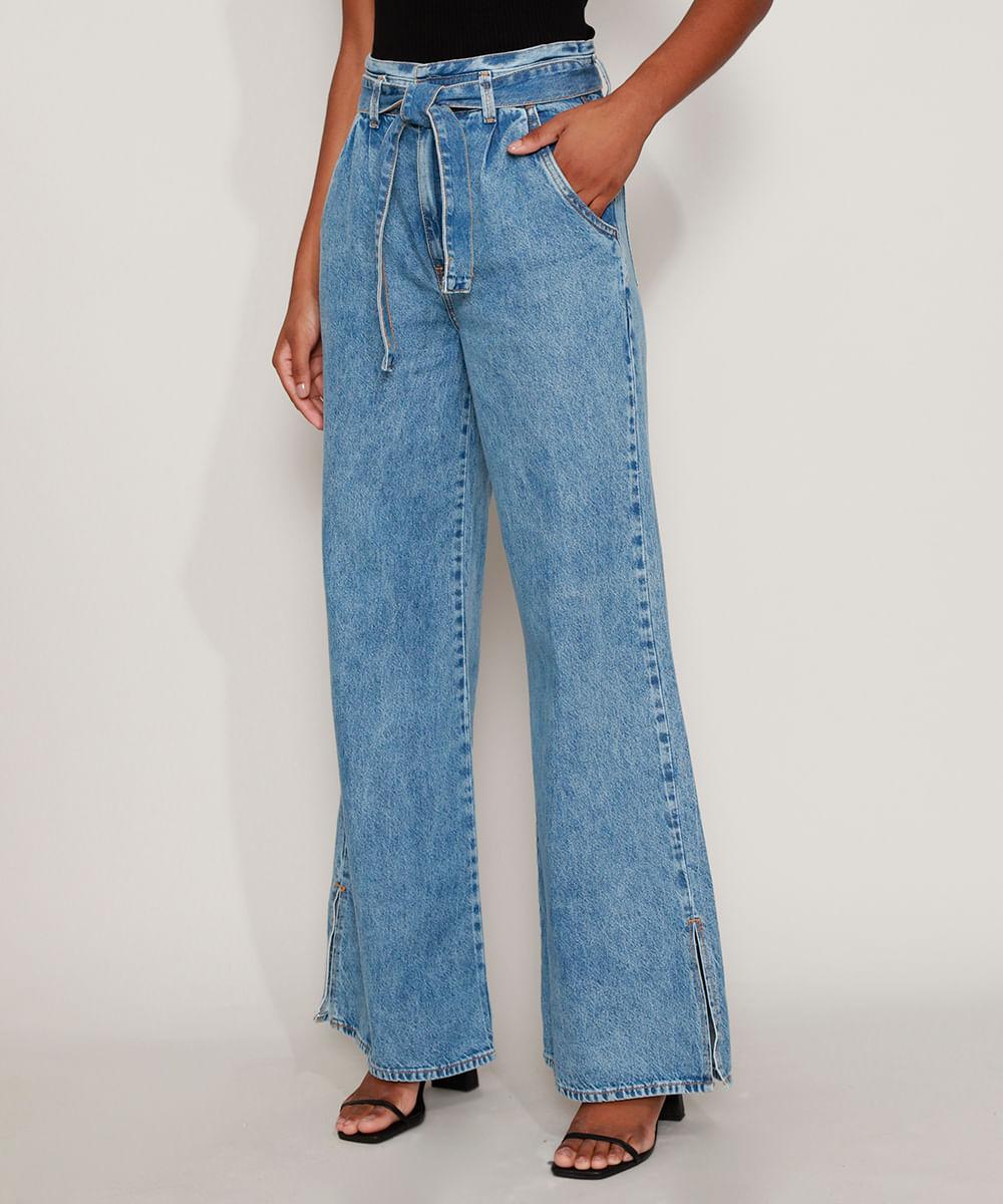 Calça Jeans Feminina Wide Pantalona Cintura Super Alta Marmorizada com Fenda e Faixa para Amarrar Azul Médio