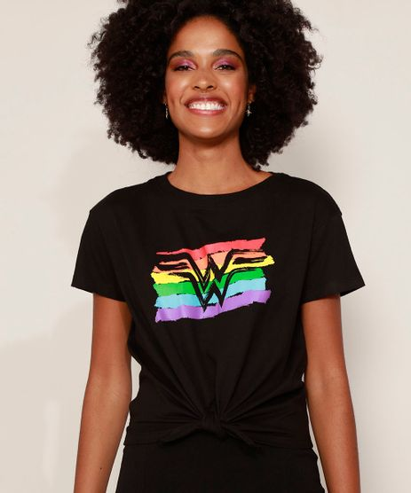 Camiseta-Feminina-Pride-Mulher-Maravilha-com-No-Manga-Curta-Decote-Redondo-Preta-9972624-Preto_1