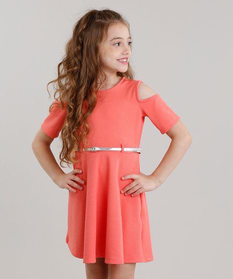 Vestido-Infantil-Open-Shoulder-Texturizado-com-Cinto-Manga-Curta-Decote-Redondo-Coral-9041149-Coral_1
