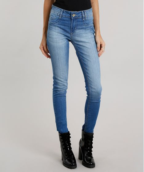354f31d3f Calça Jeans Feminina Super Skinny Sawary Levanta Bumbum Azul Médio - cea