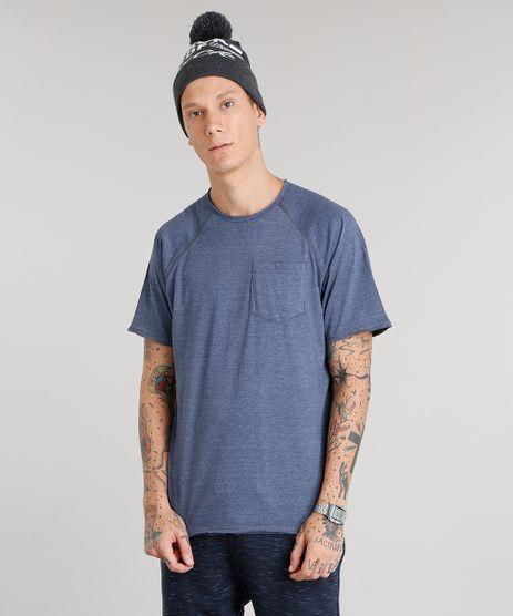 Camiseta-Masculina-com-Bolso-Manga-Curta-Gola-Careca-Azul-Marinho-9014712-Azul_Marinho_1