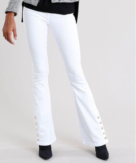 dde698c06 Calça Feminina Flare com Botões na Barra Cintura Alta Branca - cea