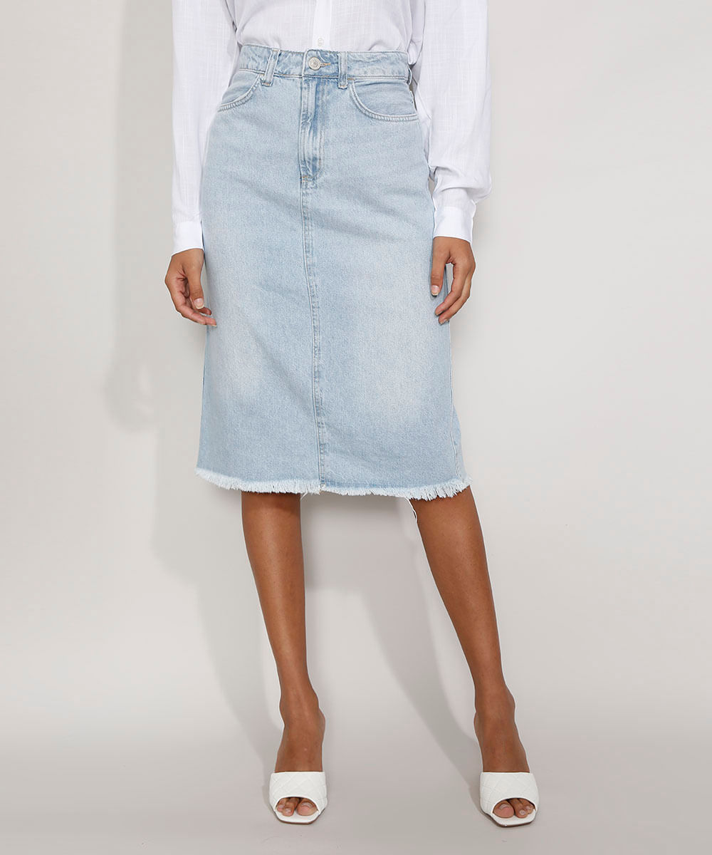 Saia Jeans Feminina Midi com Fenda e Barra Desfiada Azul Claro