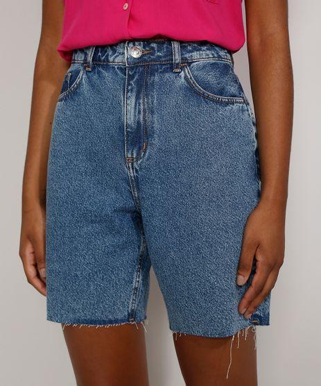 Bermuda-Jeans-Feminina-Cintura-Alta-Marmorizada-com-Rasgos-e-Barra-Destroyed-Azul-Medio-9985642-Azul_Medio_1