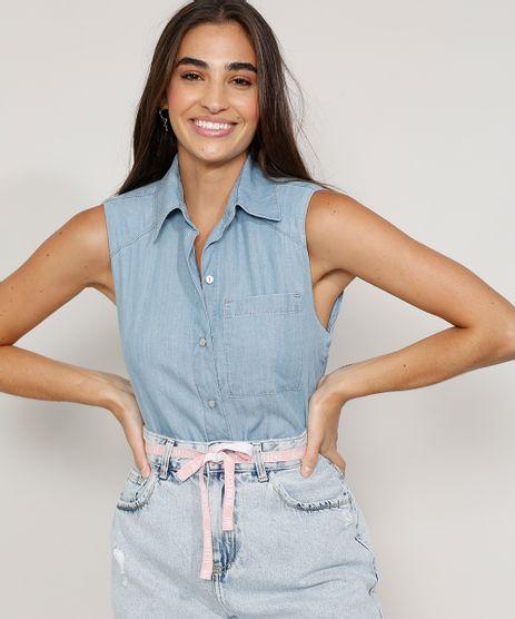 Camisa-Jeans-Feminina-com-Ombreiras-e-Bolso-Sem-Manga-Azul-Medio-9985407-Azul_Medio_1