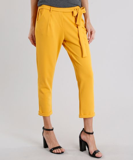 Calca-Feminina-Clochard-com-Bolsos-Amarelo-Escuro-9165184-Amarelo_Escuro_1