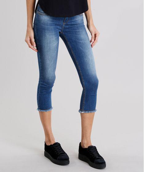 5b58173ef7 Calça Jeans Feminina Cropped Sawary com Barra Desfiada Azul Médio - cea