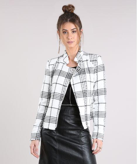 811570b6e9 Jaqueta Feminina de Tweed Xadrez com Bolsos Off White - cea