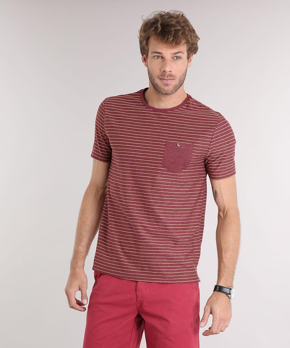 Camiseta Masculina Listrada com Bolso Manga Curta Gola Careca ... 78fb5c16ac07c