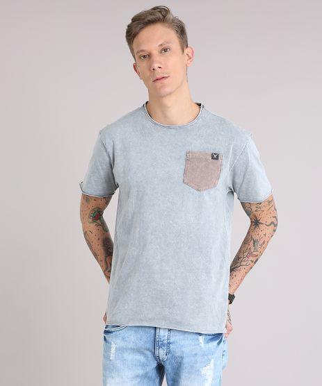 Camiseta-Masculina-Marmorizada-com-Bolso-Manga-Curta-Gola-Careca-Cinza-Mescla-9153434-Cinza_Mescla_1