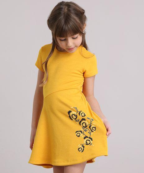 Vestido-Infantil-Evase-Texturizado-com-Flor-Manga-Curta-Decote-Redondo-Amarelo-9195751-Amarelo_1