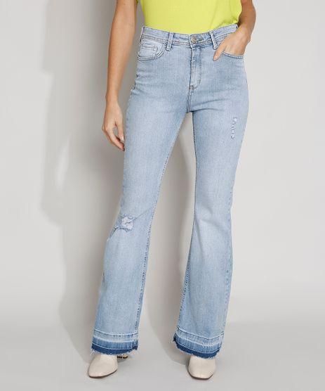 Calca-Jeans-Feminina-Destroyed-Cintura-Alta-Flare-com-Barra-Desfiada-Azul-Claro-9978761-Azul_Claro_1