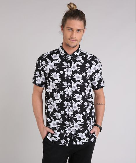 560b982e5 Camisa-Masculina-Estampada-Floral-Manga-Curta-Preta-9180322- ...