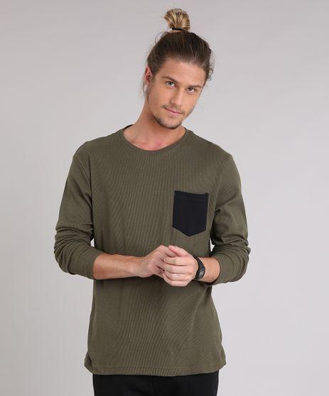 Camiseta-Masculina-Canelada-com-Bolso-Manga-Longa-Verde-Militar-9223946-Verde_Militar_1